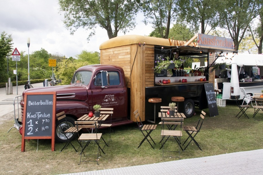 was ist ein food truck wie was kann ich mieten. Black Bedroom Furniture Sets. Home Design Ideas